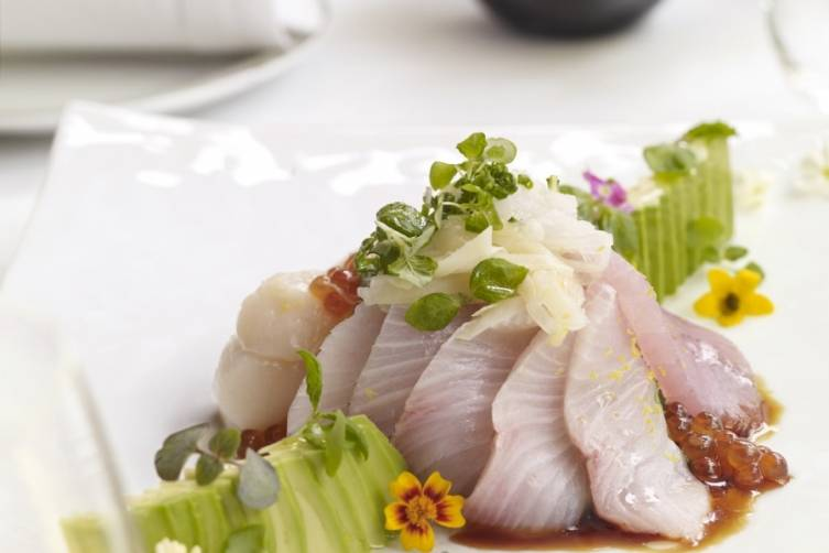 Sashimi Salad, Main Diver Scallop, Kampachi & Albacore