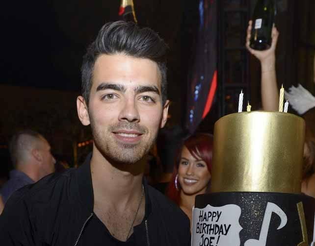 XS - Joe Jonas 25th birthday 5