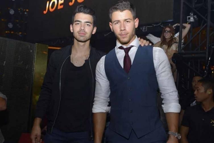 XS - Joe Jonas birthday - Nick Jonas 2