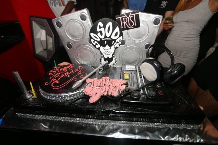 09.20_Jermaine Dupri birthday cake_Tryst