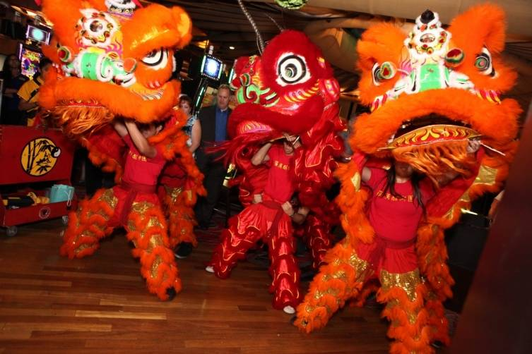 Chinese Lion Dance 3