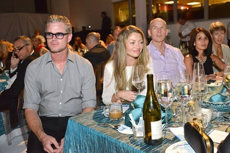 Eric Dane and Rebecca Gayheart at table