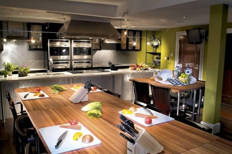 700 cooking school