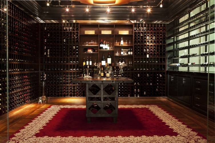 The Royce Red Wine Room
