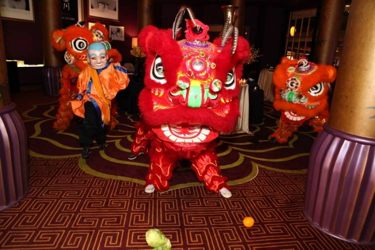 Welcoming Chinese Lion Dance