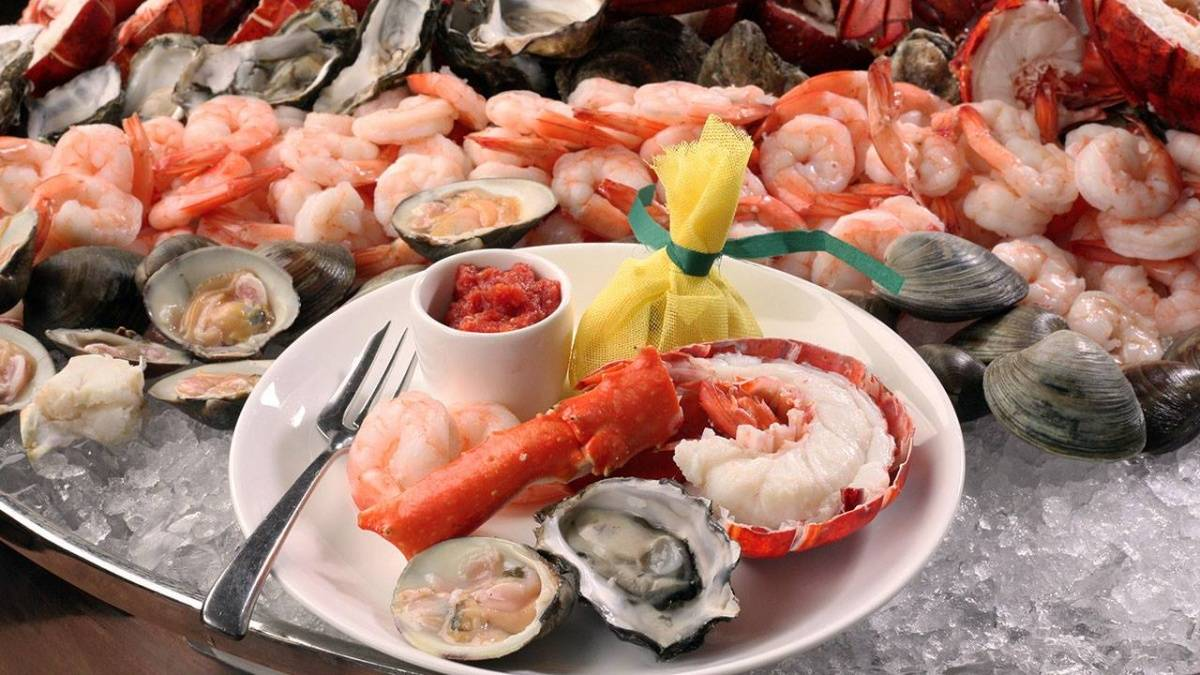 brace yourselves the new york brunch buffet is back rh hauteliving com new york best seafood buffet New York Seafood Salad