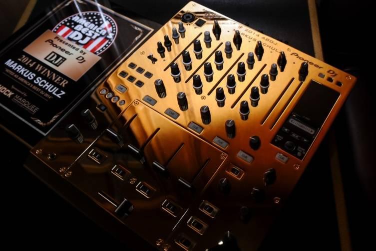 2014 ABDJ Award and 24 Karat Gold Pioneer Mixer