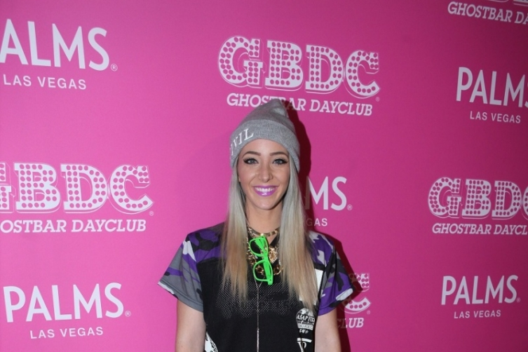 Jenna Marbles arriving to Ghostbar Dayclub