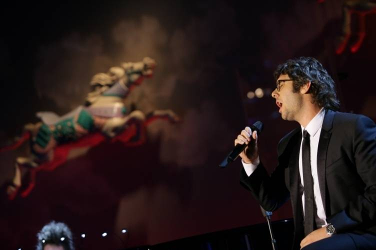 Josh Groban performs