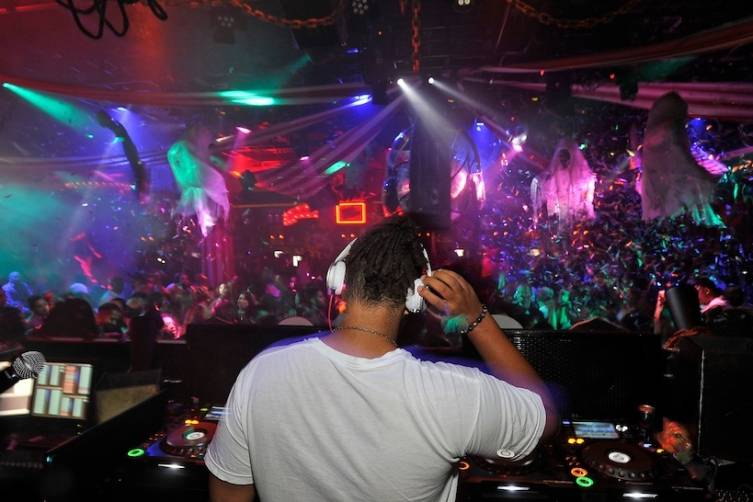 1 OAK Nightclub hosts Connor Cruise for DJ set at 1 OAK Nightclub at the Mirage