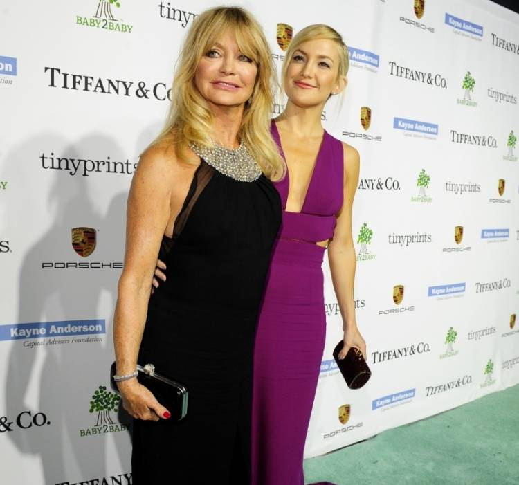 2e10c3439e4 Goldie Hawn and Kate Hudson
