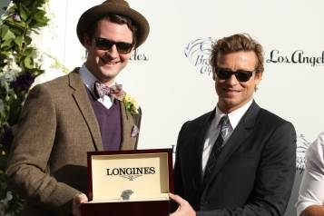 SimonBaker_creditMattSaylesInvisionfor2014Breeders'Cup_APMS1_6546