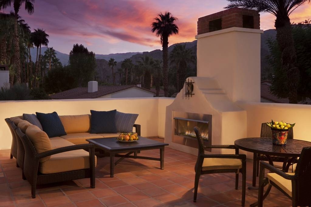 Starlight Casita Patio with Outdoor Fireplace