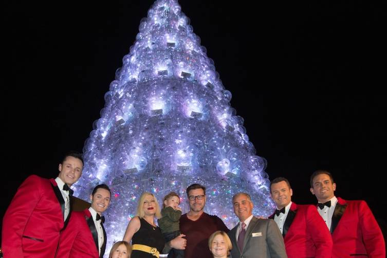Tori Spelling, Dean McDermott and their family with Human Nature and John Caparella President and COO of The Venetian The Palazzo and Sands Expo