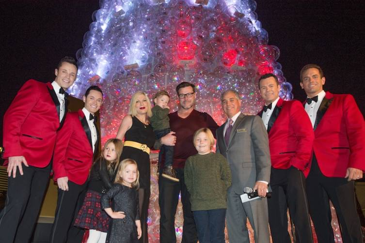 Tori Spelling, Dean McDermott and their family with Human Nature and President and COO of The Venetian The Palazzo and Sands Expo John Caparella