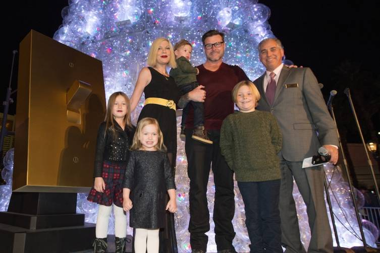 Tori Spelling, Dean McDermott and their family with John Caparella President and COO of The Venetian The Palazzo and Sands Expo