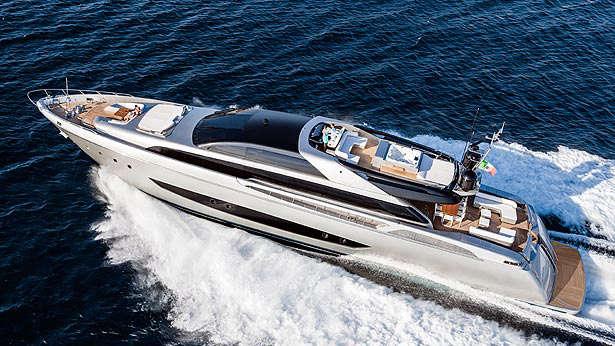 riva-122-mythos-superyacht