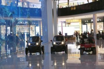wpid-Renault-The-Dubai-Mall-4.jpg