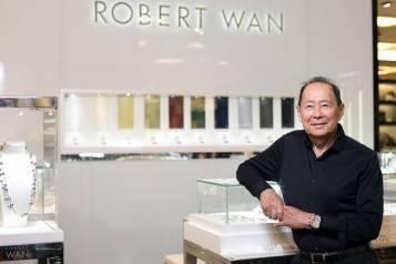 wpid-The-Emperor-of-Pearls-Robert-Wan-@-the-Robert-Wan-Pearl-Bar-exclusively-at-Bloomingdales-Dubai-1.jpg