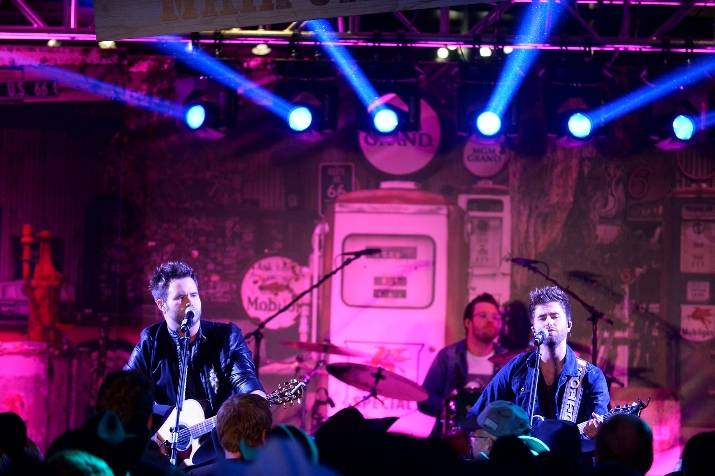 12.10.14 The Swon Brothers Perform at the Gold Buckle Zone at MGM Grand 02 - Photo by Bryan Steffy