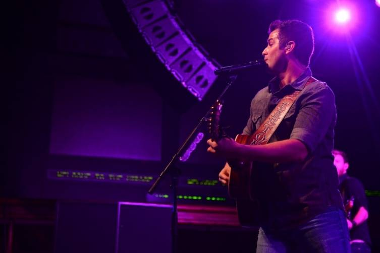 12.5.14 Easton Corbin Performs at Rodeo Vegas at The Mirage 03  - Photo by Al Powers, Powers Imagery