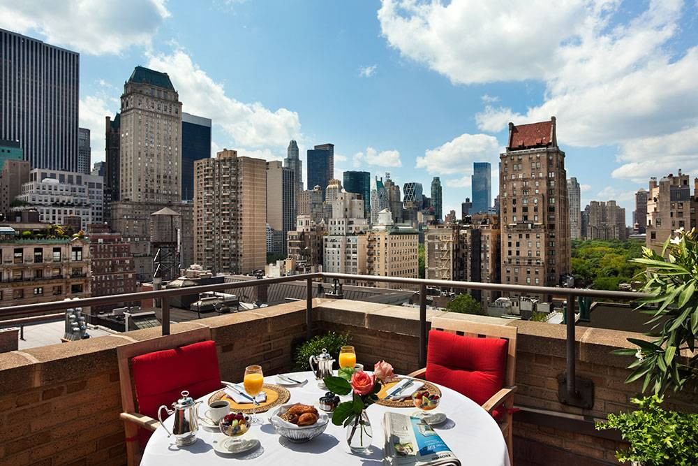 Live like elizabeth taylor at hotel plaza athenee new york for New york balcony view