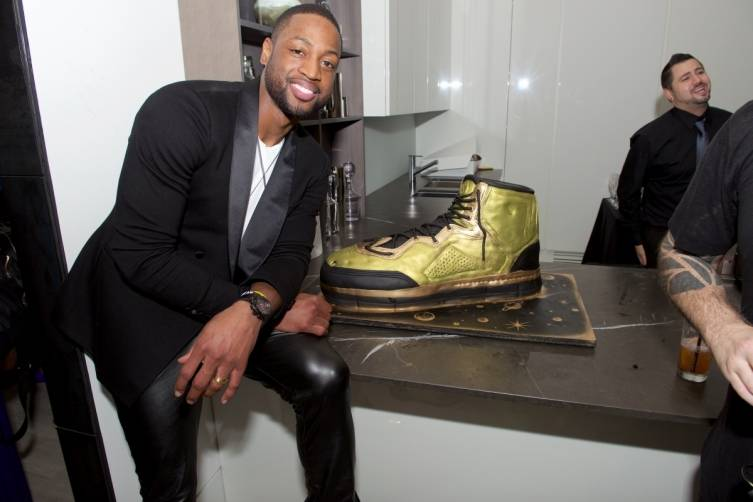 Dwyane Wade with shoe