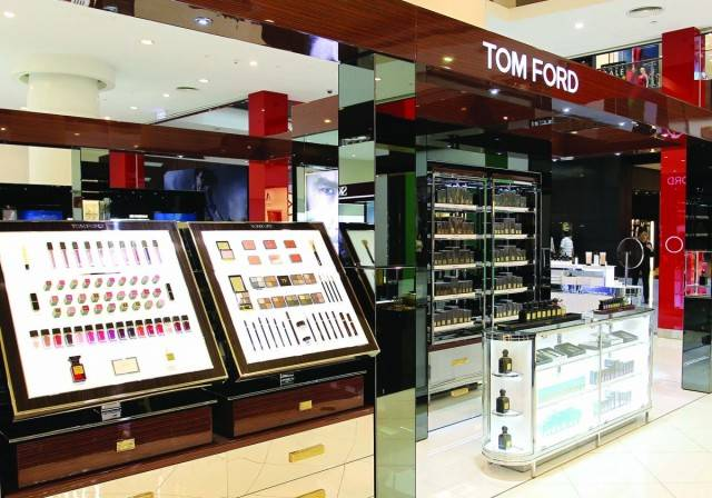 5f0e5a599887 For those eager to get their hands on Tom Ford s latest beauty products