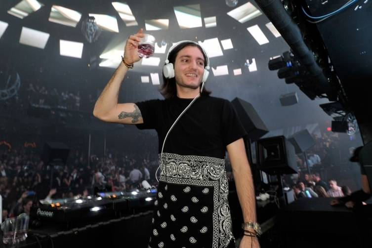 530620361DB002_Alesso_Rings