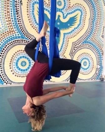Aerial-Yoga-Trioyoga