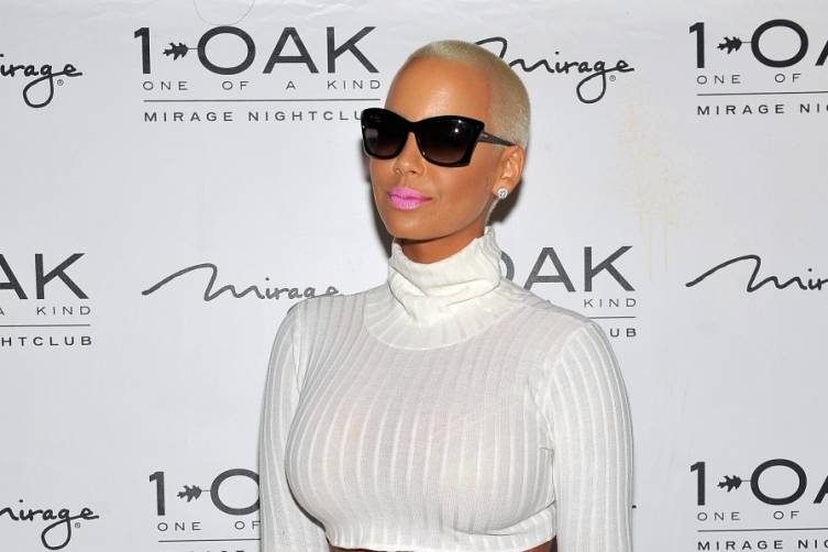 Amber Rose 1 OAK LV 2