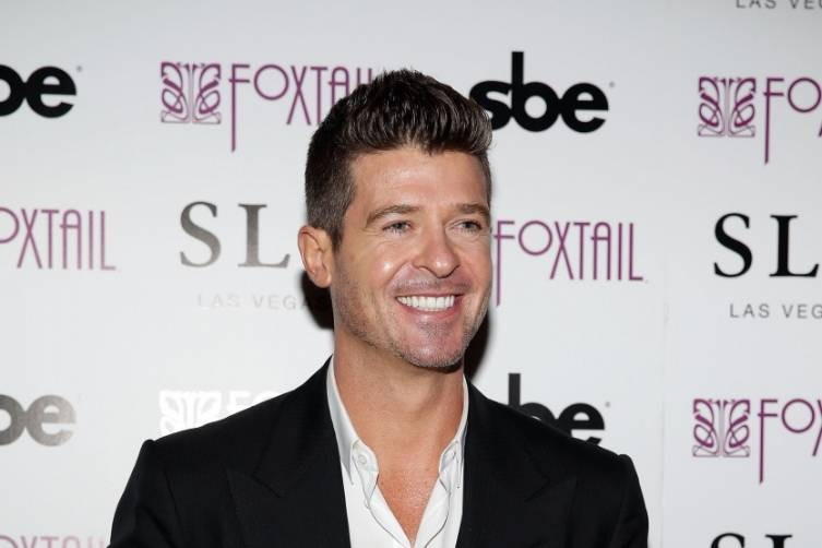 Robin Thicke at Foxtail. Photos: Isaac Brekken/Getty Images