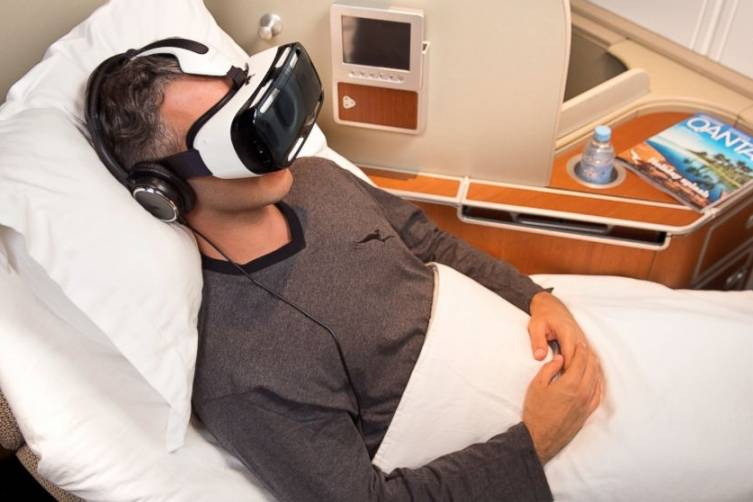 Qantas and Samsung collaborate on virtual reality in-flight experience