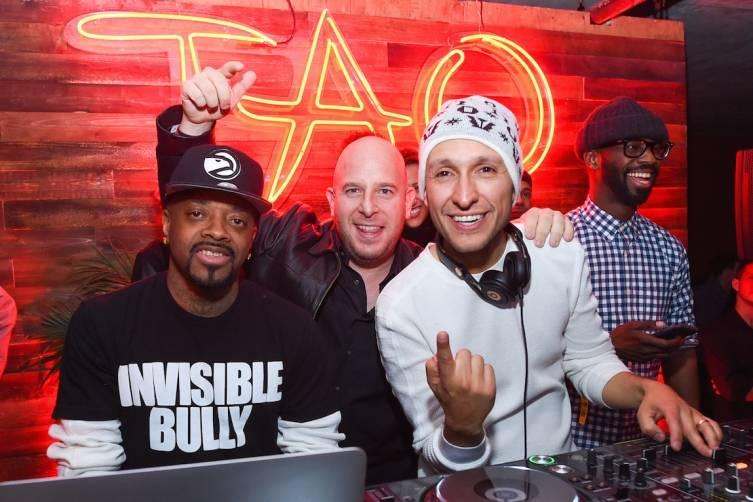 Jermaine Dupri, Noah Tepperberg, and DJ Vice at Elyx presents TAO Nightclub at Sundance. Photos:AP Images