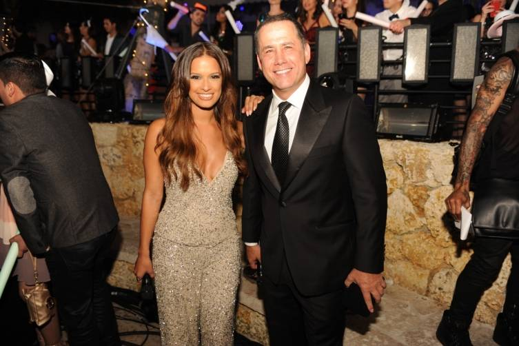 Rocsi Diaz and Miami Beach Mayor Philip Levine by World Red Eye