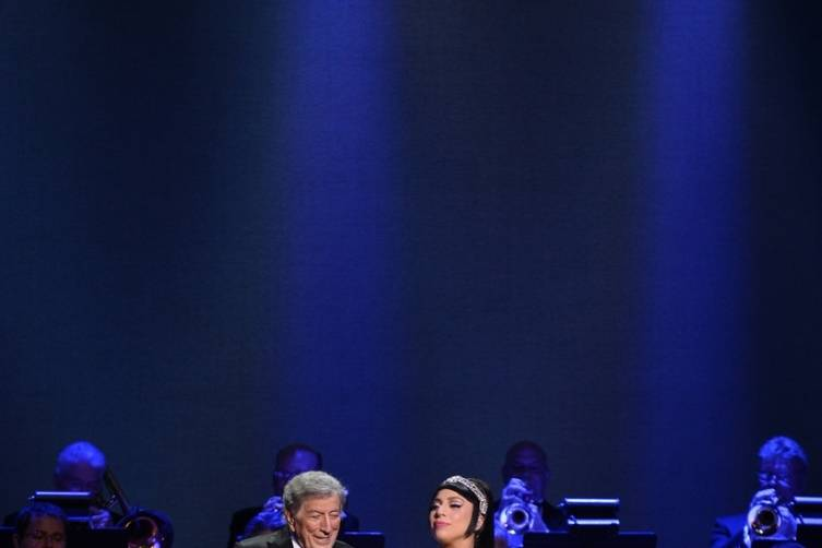 Tony Bennett and Lady Gaga perform at The Cosmopolitan_Dec 30_Steffy_1
