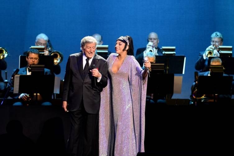 Tony Bennett and Lady Gaga perform at The Cosmopolitan_Dec 30_Steffy_2