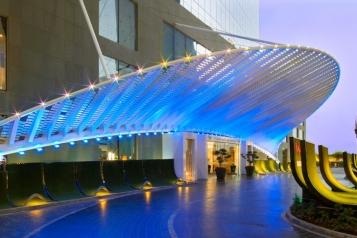 W Doha Hotel Exterior