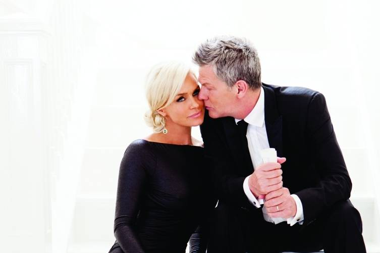 Yolanda Hadid and David Foster, credit Jim Jordan