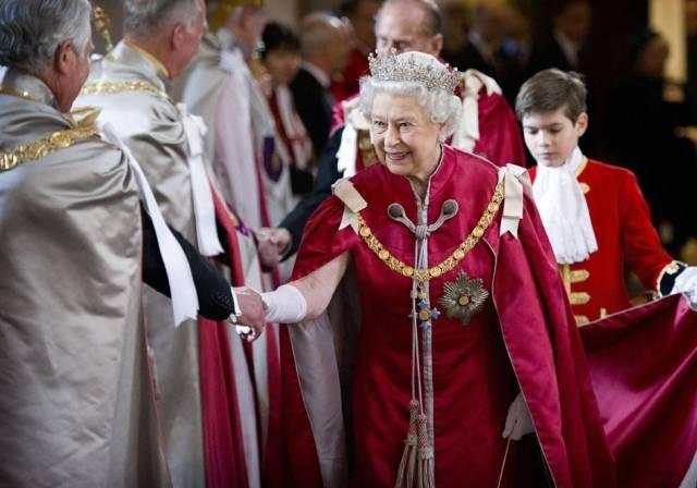 queen-st-pauls7--a
