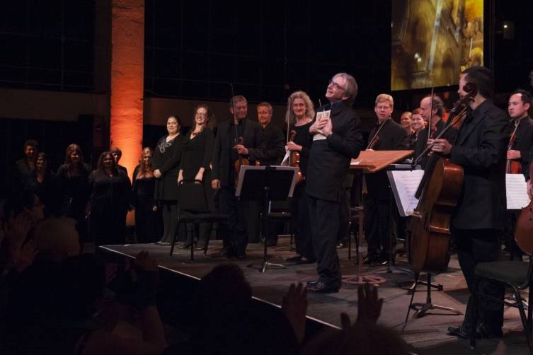 Michael Tilson Thomas conducts members of the SF Symphony  and Chorus in Monteverdi's Magnificat from Vespro della Beata Vergine