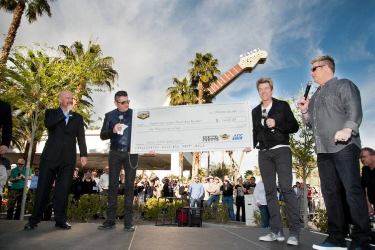 02.25.15 Rascal Flatts Presents Travis Pardee of Foothill High School With Check_Patrick Gray, Erik Kabik Photography