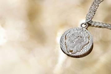 10_Lion-Talisman-White-Gold-Necklace01—1434-Brilliant-Cut-Diamonds