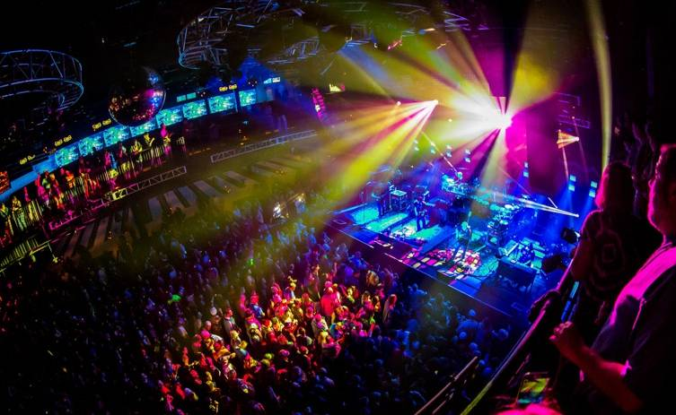 2_13_15_String_cheese_Incident_bblv_kabik-1199