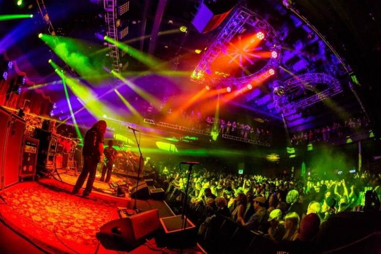 2_13_15_String_cheese_Incident_bblv_kabik-1417
