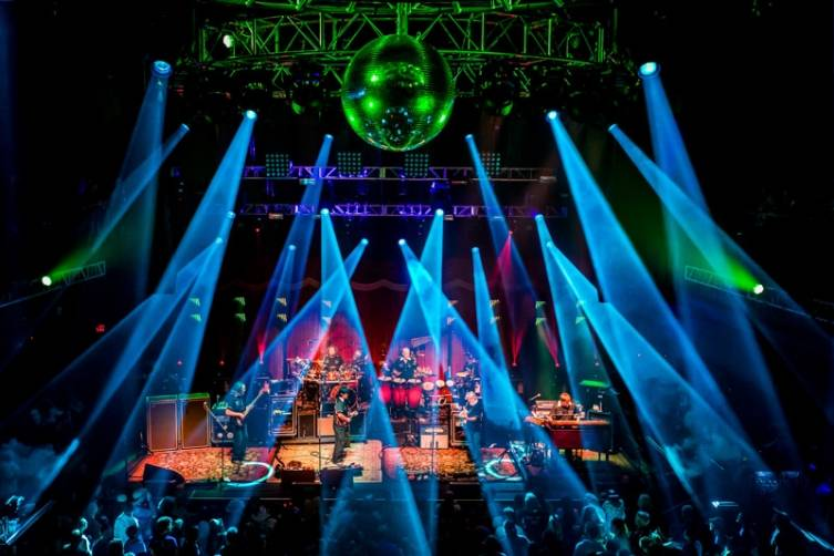 2_13_15_String_cheese_Incident_bblv_kabik-317