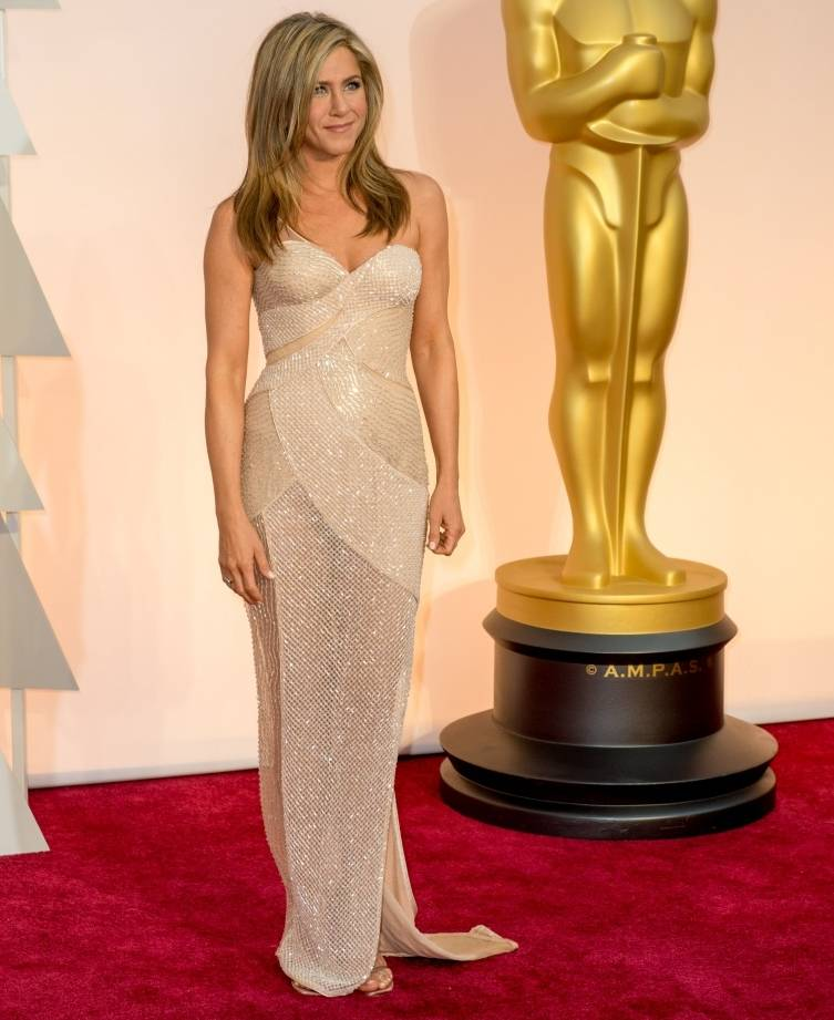 Jennifer Aniston arrives for the live ABC Telecast of The 87th Oscars® at the Dolby® Theatre in Hollywood, CA on Sunday, February 22, 2015. arrives for the live ABC Telecast of The 87th Oscars® at the Dolby® Theatre in Hollywood, CA on Sunday, February 22, 2015.