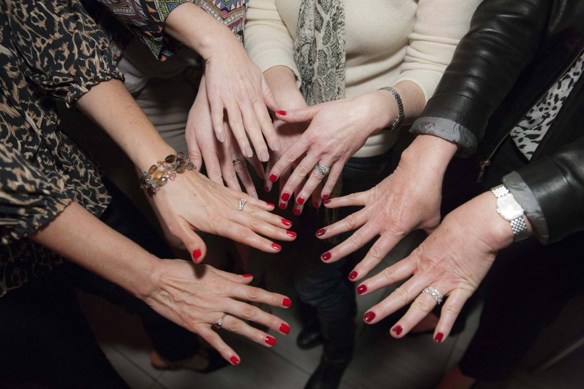 Manicube Brings 15-Minute Manis to San Francisco Offices Citywide