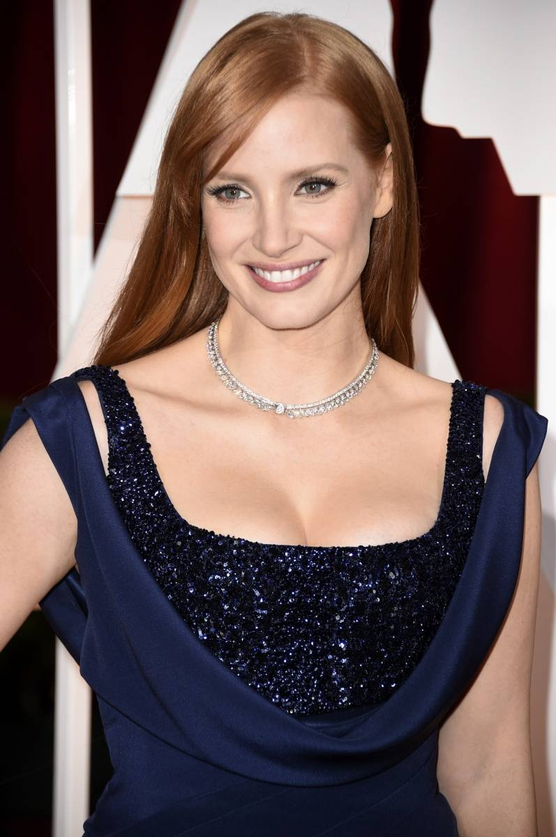 JessicaChastain at the 87th annual Oscars wearing Piaget