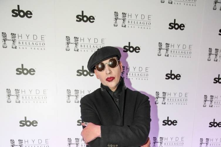 Marilyn Manson walking the red carpet at Hyde Bellagio (3)